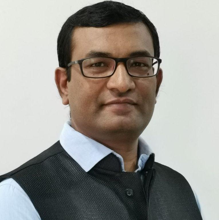 Mahesh Dhola